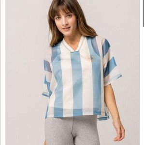 Adidas Originals Argentina Layered Shirt. SzS